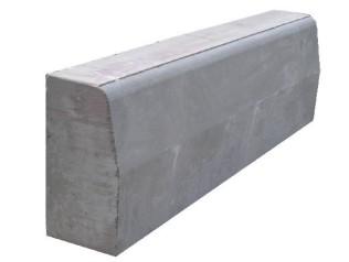 Бордюрный камень вибропрессованный 780х300х150 мм, серый
