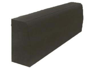 Бордюрный камень вибропрессованный 780х300х150 мм, черный